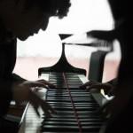 コウノドリのピアノの曲名は?ピアニスト清塚信也が作った名曲!